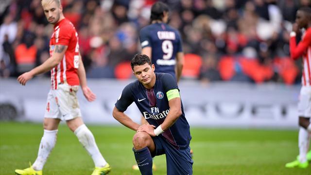Encore touché, Thiago Silva ne reviendra qu'en 2018