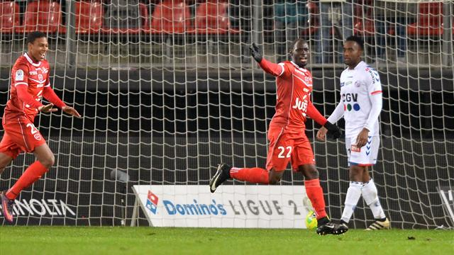 Valenciennes fait craquer Strasbourg