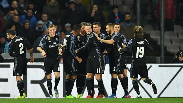 Ligue des champions - Suivez en live la rencontre de Football opposant Naples et Real Madrid. Ce match se déroule le 7 mars 2017 et débute à 20:45.