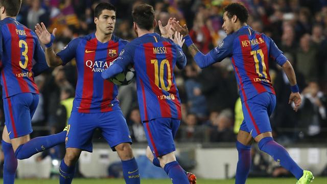 Une faute improbable de Meunier et le Barça y a cru un peu plus