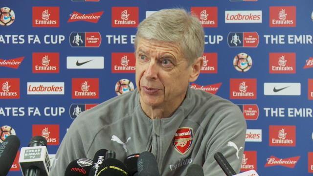 """Wenger : """"Mbappé me rappelle un jeune Thierry Henry"""""""