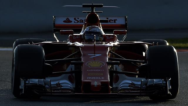 """Hamilton : """"Le rythme de Ferrari est stupéfiant"""""""