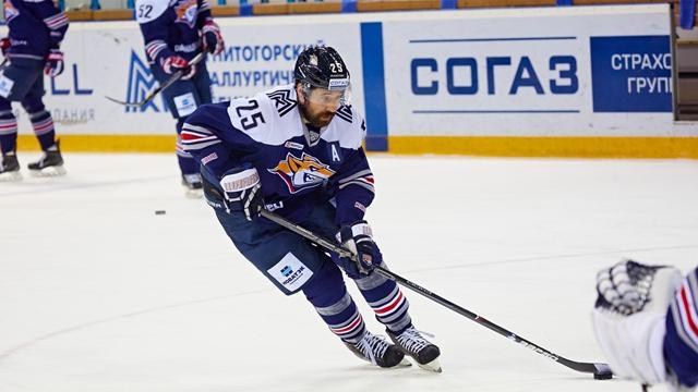 «Металлург» победил «Барыс» в овертайме, Зарипов забросил 3 из 9 шайб в матче