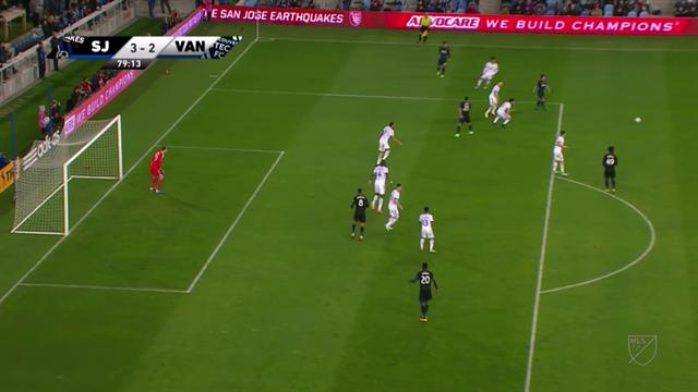 Шедевральный гол в MLS с точки, от которой ты не добьешь до ворот