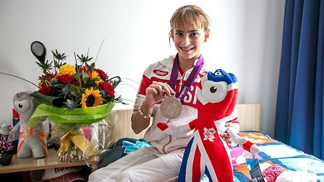 Медалист Лондона-2012 гимнастка Гришина осталась без средств ксуществованию