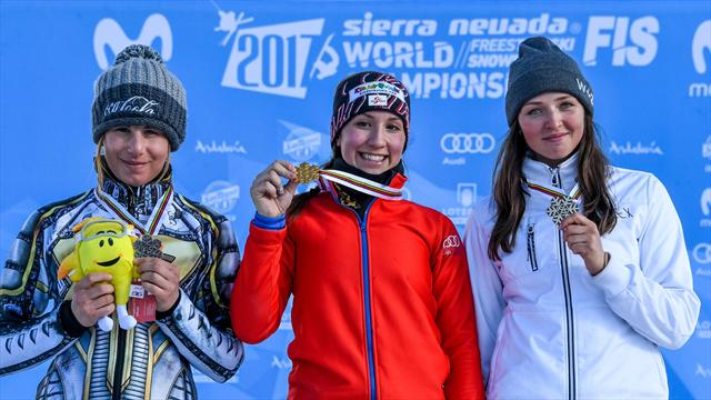 Заварзина и Соболев выиграли бронзовые медали ЧМ