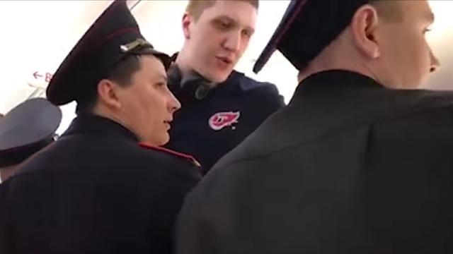 Стюардессу «Победы» обвинили волжи после инцидента сбаскетболистом Кимеровым