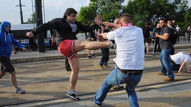 Два польских фаната получили по 1,5 года тюрьмы за атаку российских болельщиков на Евро-2012
