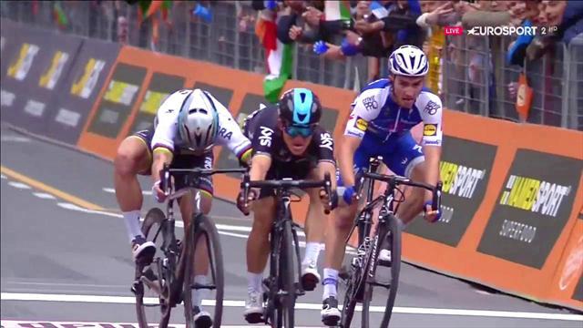 Kwiatkowski pips Sagan to win thrilling Milan-San Remo