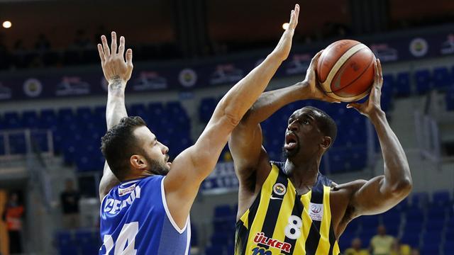 Fenerbahçe'nin serisine Demir İnşaat Büyükçekmece de engel olamadı
