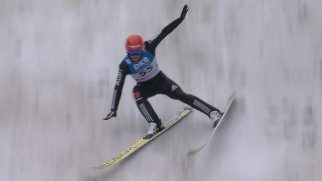 Riessle crashes in ski jump