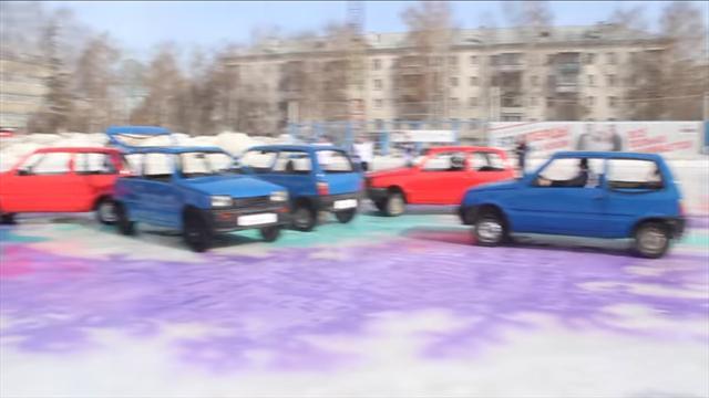 В Екатеринбурге прошел первый в истории чемпионат по автокерлингу