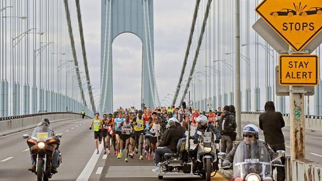 Unos 20.000 corredores paran el tráfico en el Medio Maratón de Nueva York