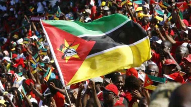 Mozambikli futbolcu timsah kurbanı