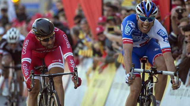 Cimolai pips Bouhanni in Stage One sprint finish