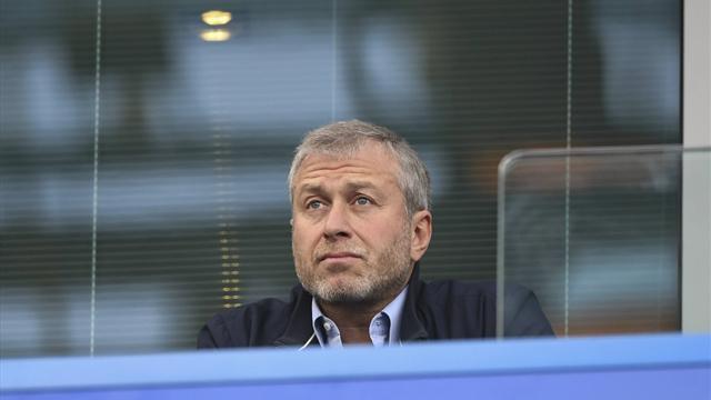 The Telegraph: «Челси» предложит Слуцкому должность в клубе, если его уволят из «Халла»