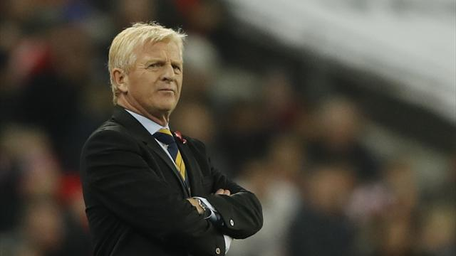 Strachan leaves role as Scotland manager