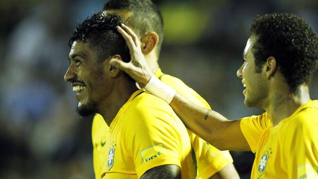 Uruguay-Brasil: Paulinho y Neymar conquistan Montevideo (1-4)