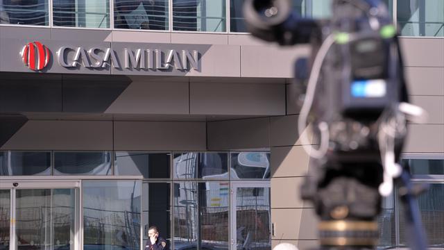 QS - Cessione Milan, niente soldi dai cinesi: Berlusconi infuriato