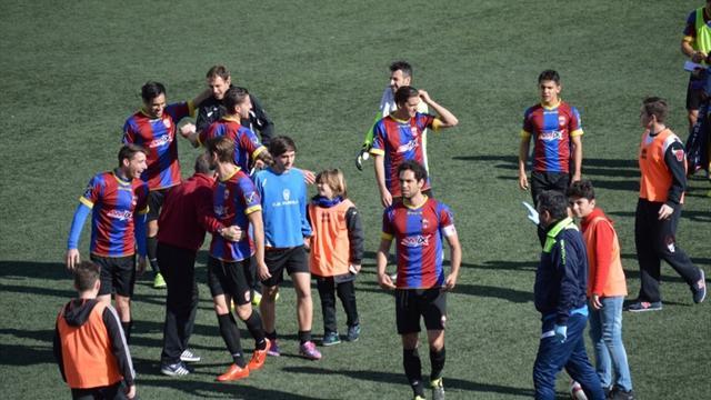 Un jugador del Eldense denuncia que el partido ante el Barça B estaba amañado