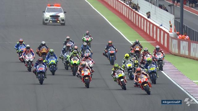 MotoGP-Highlights: Márquez legt sich ab, Viñales sagt Danke
