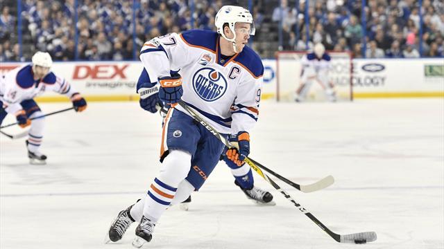 Кросби— лучший снайпер постоянного чемпионата НХЛ, адонего 4 года Овечкин