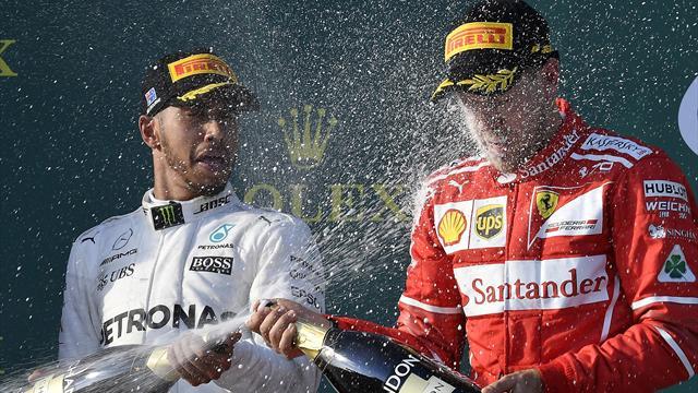 """Hamilton: """"Ferrari più pericolosa con il caldo. Alonso? Fa bene, io proverei la MotoGP"""""""