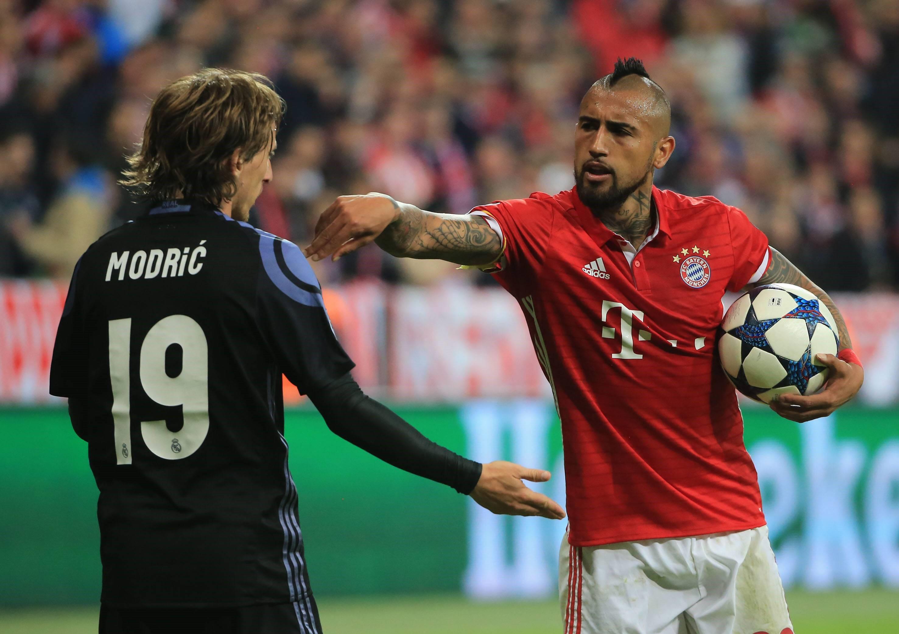 Лука Модрич против Артуро Видаля, «Реал» – «Бавария»