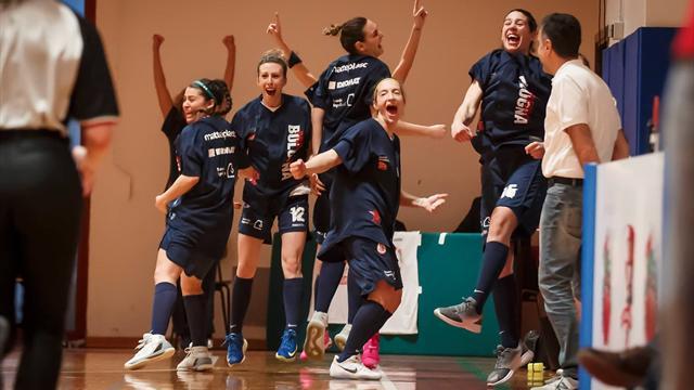 Vincono allenate da una '97: la storia magica di Bologna nel giorno del derby di Basket City