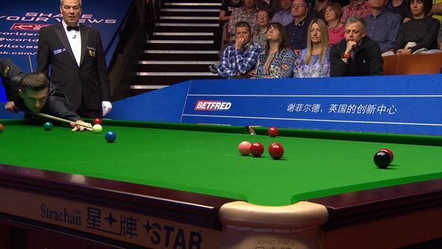 Snooker-WM: Weltmeister Selby spielt seine Klasse aus