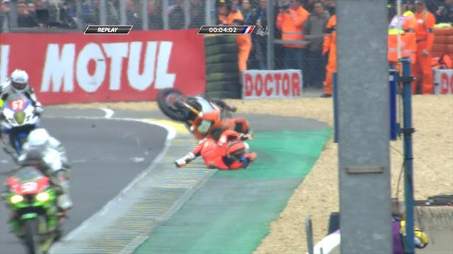 Le Mans biker crashes four minutes into 24 hour race