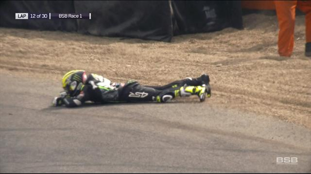 Ellison crashes out from the lead at Brands Hatch