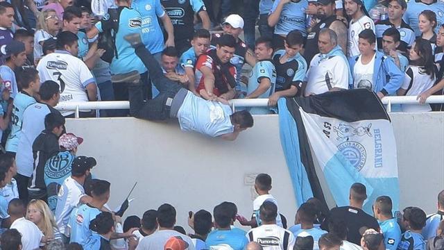 Болельщик аргентинского футбольного клуба «Бельграно» умер впроцессе матча
