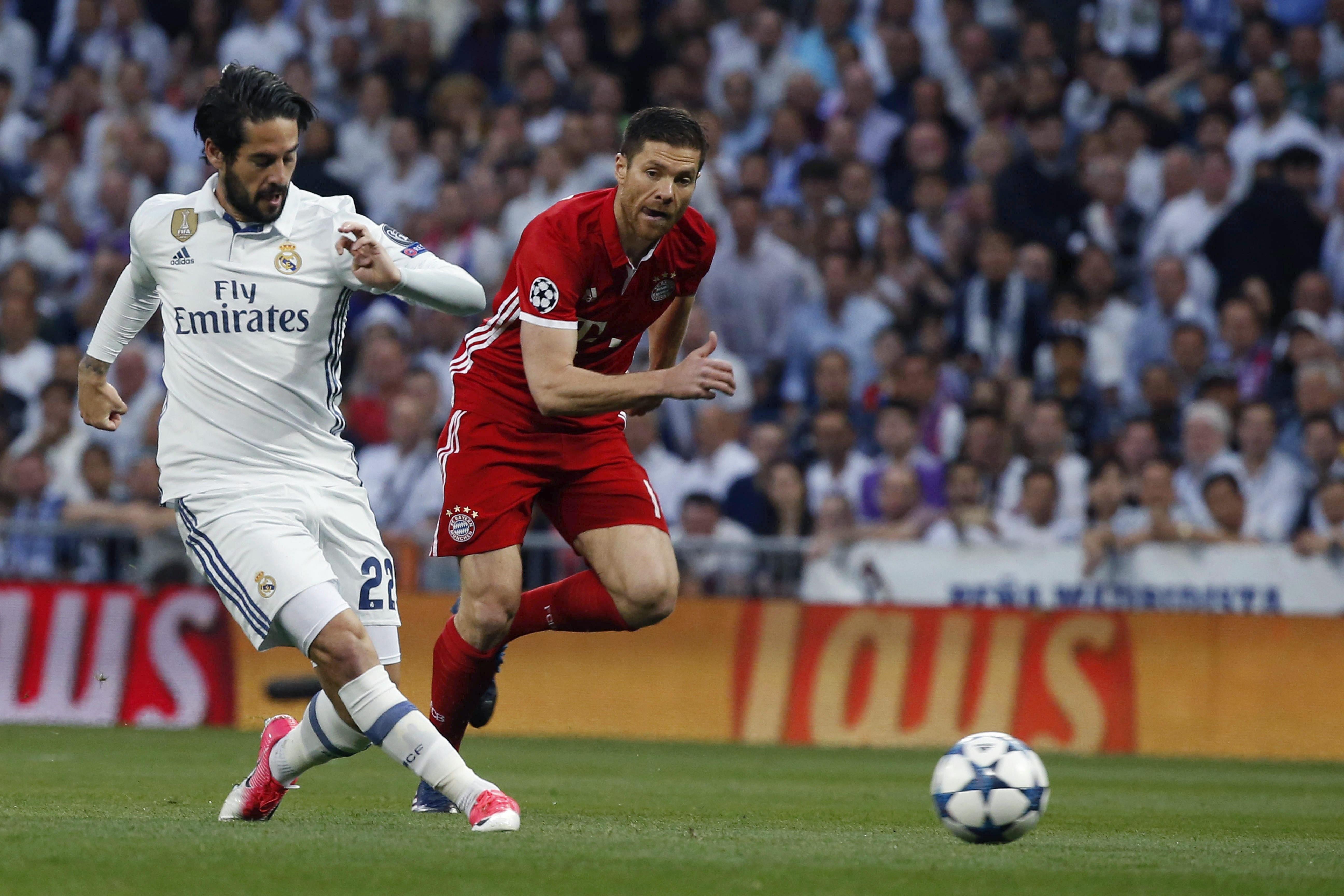 Isco y Xabi Alonso, en el Real Madrid-Bayern