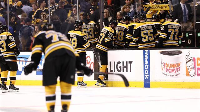 Хоккеисты «Бостона» затолкали шайбу в свои ворота и другая жесть четвертого матча с «Оттавой»