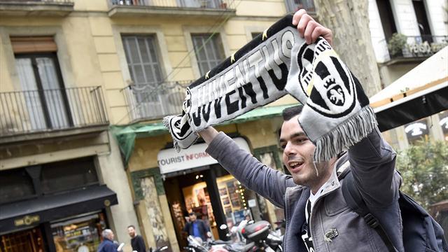 """Juventus, a Vinovo spunta lo striscione: """"Ieri Contenti in Italia, oggi Allegri in Europa"""""""