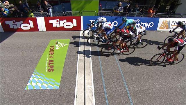 Fantastico Matteo Montaguti: sua la quarta tappa del Tour of the Alps