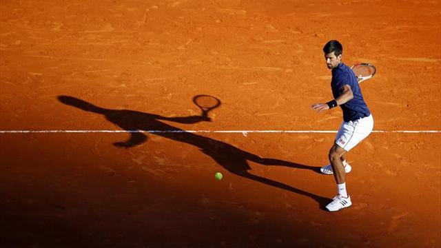 Djokovic se deshace de Carreño en una dura batalla