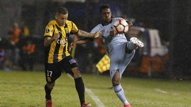 1-1. Gremio saca al Guaraní empate que sirve a ambos para mantener el dominio