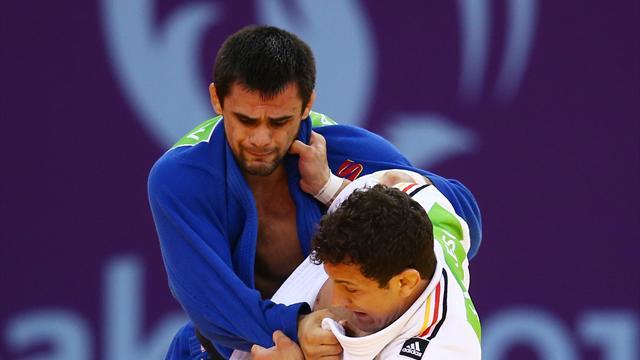 Хубецов принес сборной России второе золото на чемпионате Европы по дзюдо