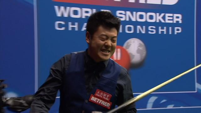 Hilarious reaction from Liang Wenbo as he misses out on tournament high break