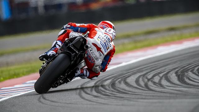 Andrea Dovizioso mago della pioggia nelle seconde libere, Rossi decimo