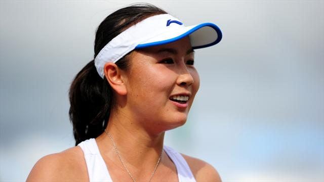 Peng Shuai coasts into semi-finals in Zhengzhou