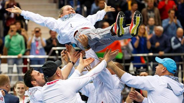 Estados Unidos gana a las checas y jugará la final contra Bielorrusia