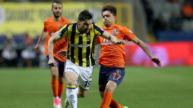 Fenerbahçe, Başakşehir'den gollü beraberlikle dönüyor