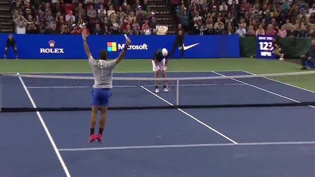 Tweener et passing de folie : Federer a écoeuré Isner pour l'honneur