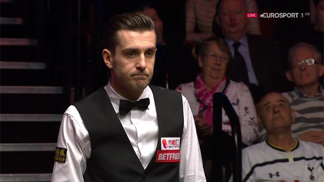 Selby enjoys amazing fluke in final against Higgins