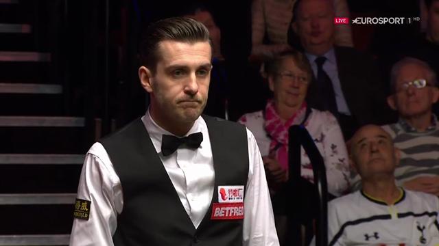 Selby enjoys amazing fluke in final against Higgins