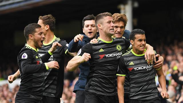 Chelsea strengthen grip on title with Pedro stunner