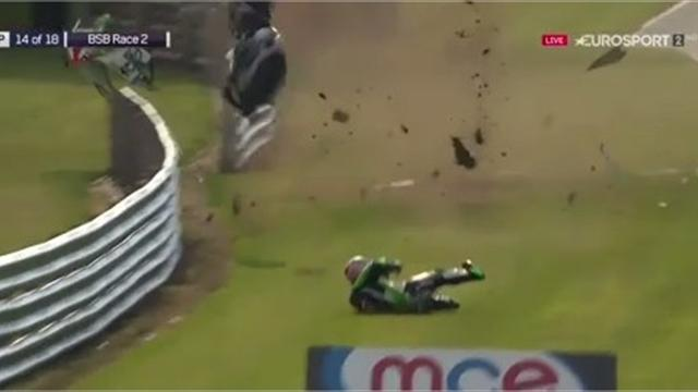'Oh no! Good Lord!' - Haslam crashes out in crazy fashion